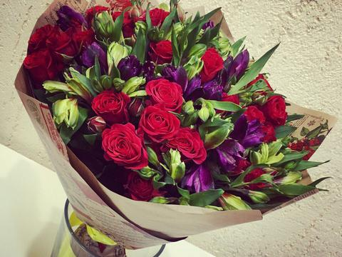 670bd321f1b1 Цветы Омск - Букетик салон цветов Омск - Доставка цветов ...