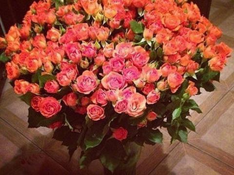 f22e84234788 №2. Роза Кустовая - Доставка цветов в Омске - Букетик